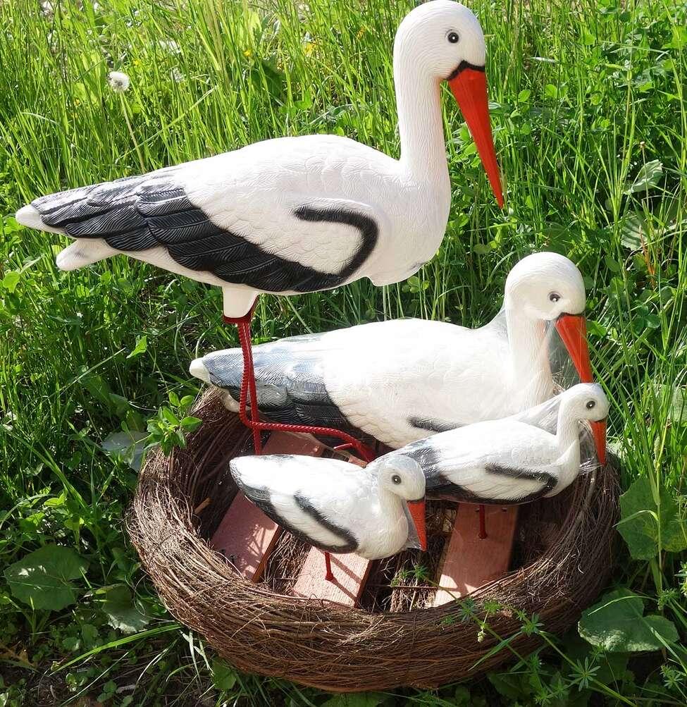 Гнездо с аистами садовая фигура своими руками